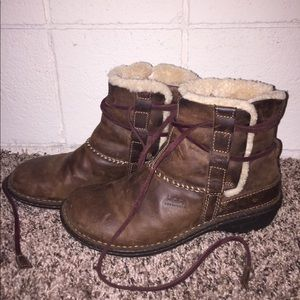 Brown short UGG boots